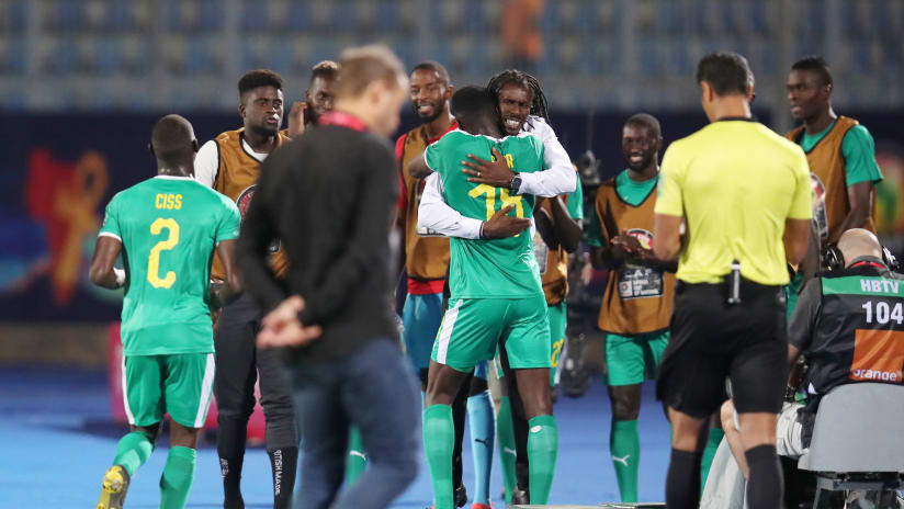 Ismaila Sarr of Senegal celebrates goal with Aliou Cisse, head coach of Senegal during the 2019 Africa Cup of Nations match between Kenya and Senegal at the 30 June Stadium, Cairo on the 01 July 2019