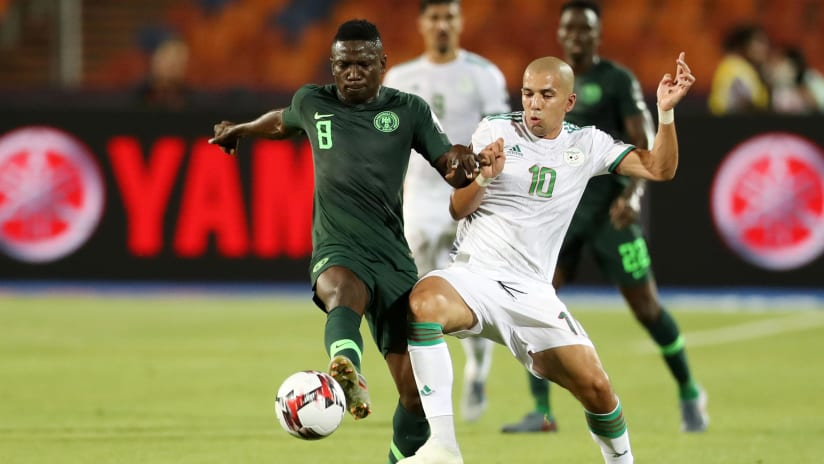 Peter Etebo of Nigeria challenged by Sofiane Feghouli of Algeria during the 2019 Africa Cup of Nations Finals, Semifinals match between Algeria and Nigeria at Cairo International Stadium, Cairo, Egypt on 14 July 2019 ©Samuel Shivambu/BackpagePix