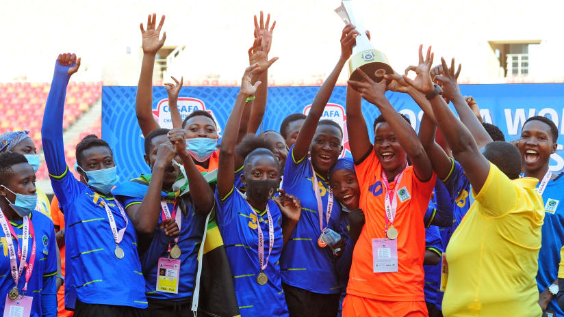 Tanzania players celebrate after winning the 2021 COSAFA Womens Championship Final game between Tanzania and Malawi at Nelson Mandela Bay Stadium in Gqeberha on 9 October 2021 ©Ryan WilkiskyBackpagePix