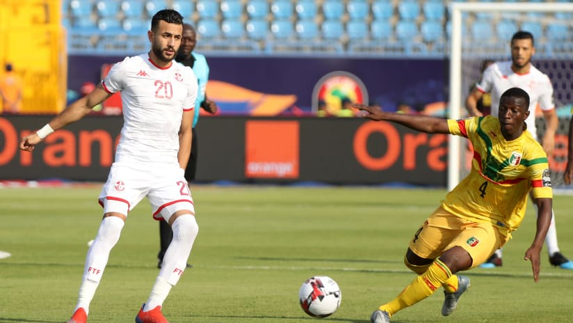 Ghaylen Chaaleli of Tunisia challenged by Amadou Haidara of Mali during the 2019 Africa Cup of Nations Finals match between Tunisia and Mali at Suez Stadium, Suez, Egypt on 28 June 2019 ©Samuel Shivambu/BackpagePix