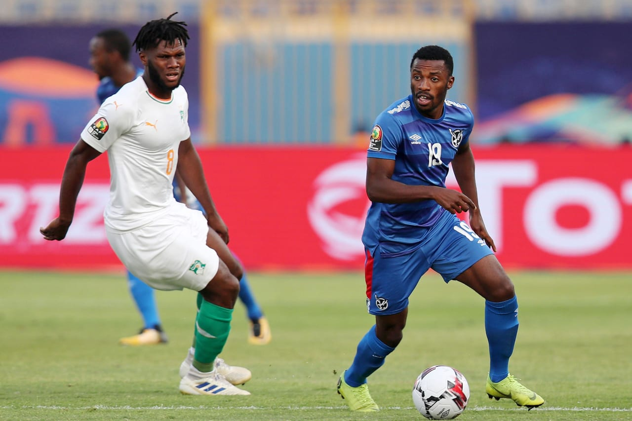 Petrus Shitembi of Namibia challenged by Franck Kessie of Ivory Coast during the 2019 Africa Cup of Nations match between Namibia and Ivory Coast at the 30 June Stadium, Cairo on the 01 July 2019 ©Muzi Ntombela/BackpagePix