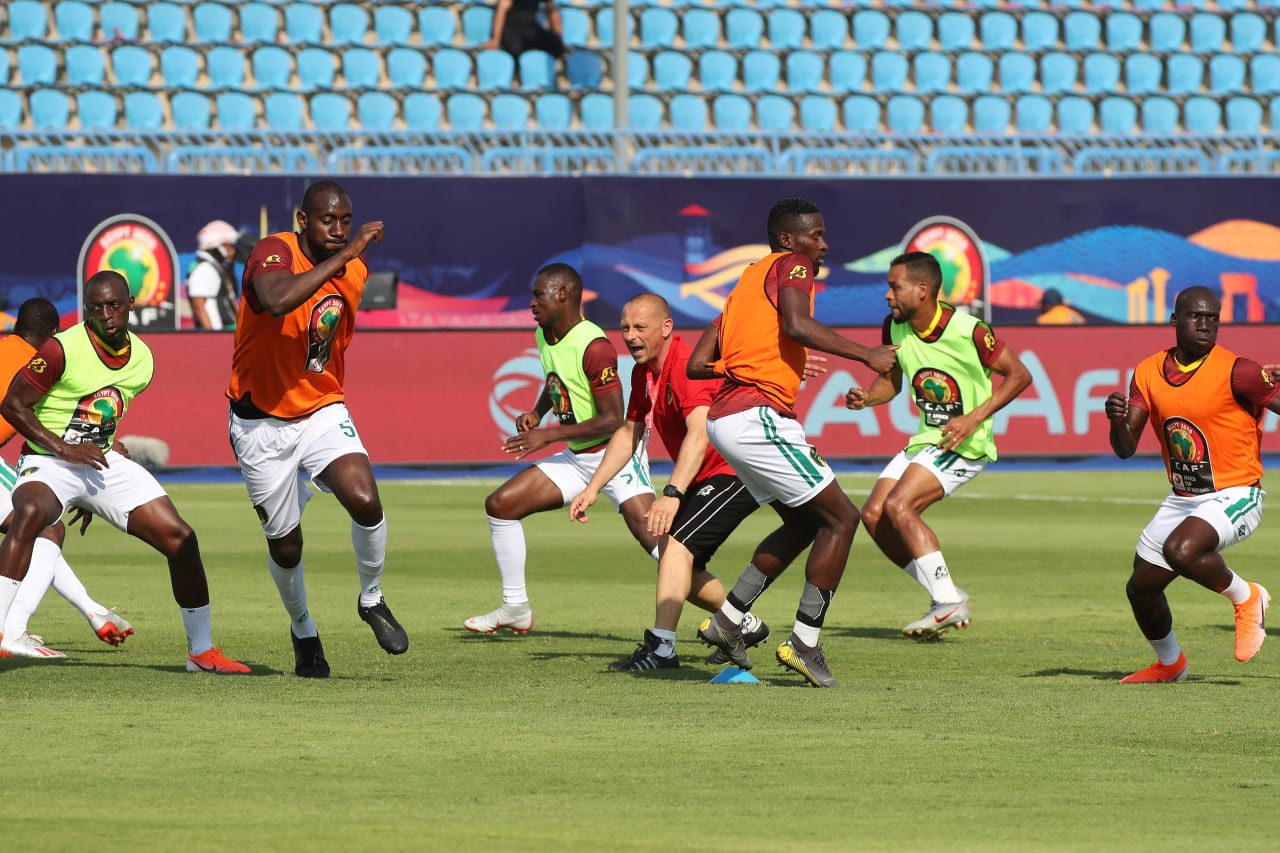 Mauritania players warm up during the 2019 Africa Cup of Nations Finals football match between Mauritania and Angola  at the Suez Stadium, Suez, Egypt on 29 June 2019 ©Gavin Barker/BackpagePix