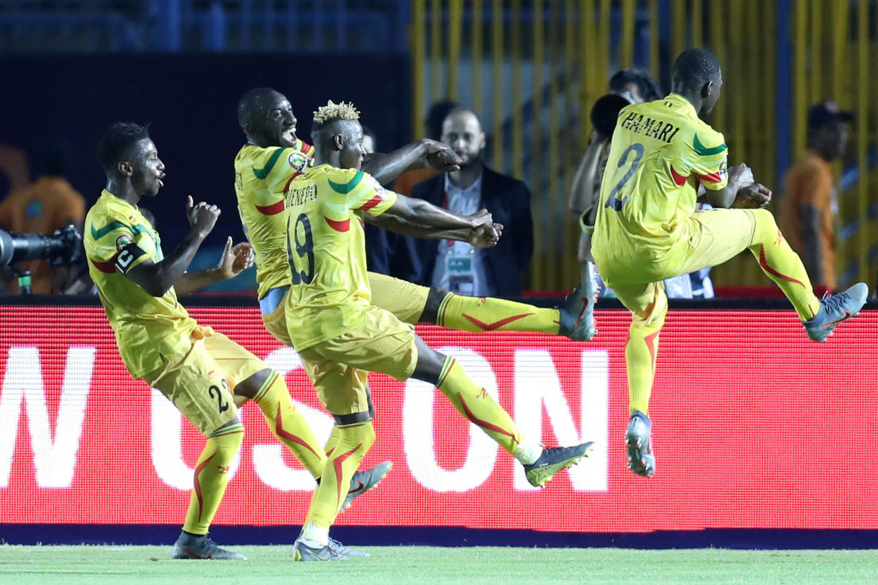 Moussa Marega of Mali celebrates scoring a penalty with teammates during the 2019 Africa Cup of Nations Finals football match between Mali and Mauritania at Suez Army Stadium, Suez, Egypt on 24 June 2019 ©Samuel Shivambu/BackpagePix