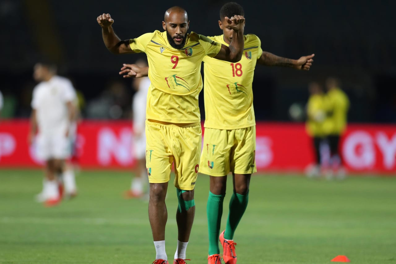 Martinez Kante and Mikael Dyrestam of Guinea warm up during the 2019 Africa Cup of Nations Finals last 16 match between Algeria and Guinea at 30 June Stadium, Cairo, Egypt on 07 July 2019 ©Samuel Shivambu/BackpagePix