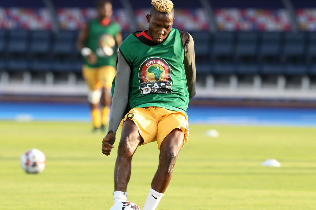 Moussa Djenepo of Mali warm up during the 2019 Africa Cup of Nations Finals last 16 match between Mali and Ivory Coast at Suez Stadium, Suez, Egypt on 08 July 2019 ©Samuel Shivambu/BackpagePix