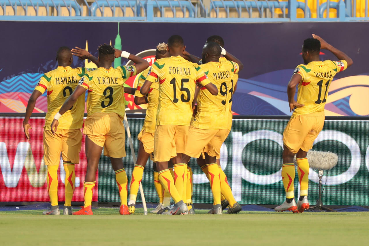 Diadié Samassékou of Mali celebrates goal with teammates during the 2019 Africa Cup of Nations Finals match between Tunisia and Mali at Suez Stadium, Suez, Egypt on 28 June 2019 ©Samuel Shivambu/BackpagePix