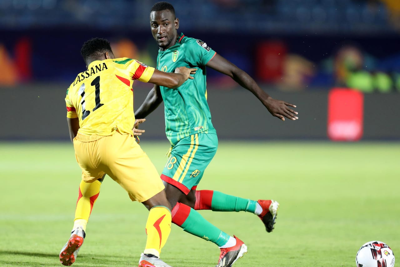 El Hacen El Id of Mauritania challenged by Lassana Coulibaly of Mali during the 2019 Africa Cup of Nations Finals football match between Mali and Mauritania at Suez Army Stadium, Suez, Egypt on 24 June 2019 ©Samuel Shivambu/BackpagePix